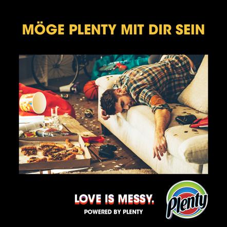 Plenty Love is Messy Meme Möge