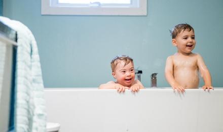 Zeepresten verwijderen uit de badkamer