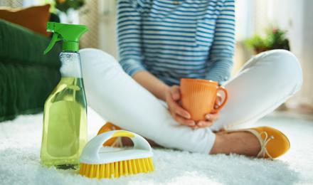 A DIY, natural carpet cleaner to make at home