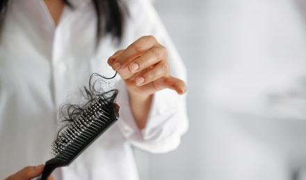 Zo goed als nieuw: je haarborstel schoonmaken